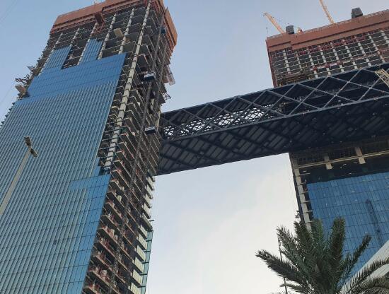 梅斯完成了Za'abeel上世界上最长的悬臂建筑的吊装