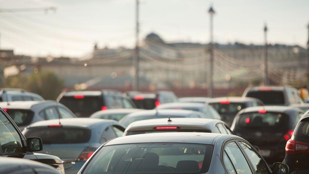 数据显示12月汽车销量创月度新高