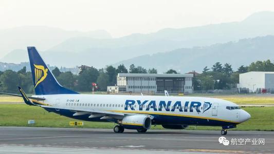 波音公司承诺交付准备使用100%可持续燃料飞行的商用飞机
