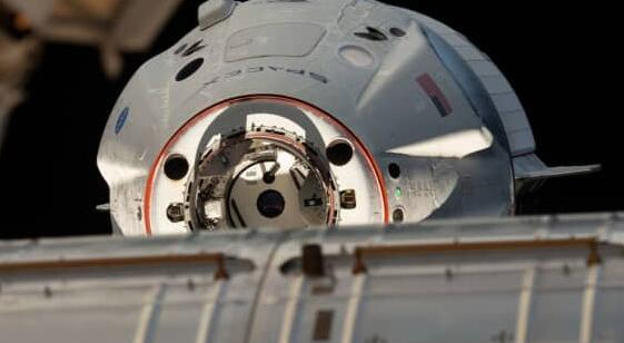 Axiom Space宣布两名投资者将乘坐SpaceX首次向国际空间站进行私人飞行