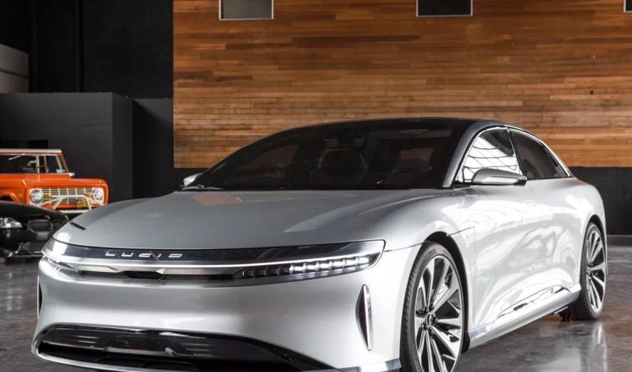 清醒汽车公司宣称它将拥有有史以来最快的充电电动汽车