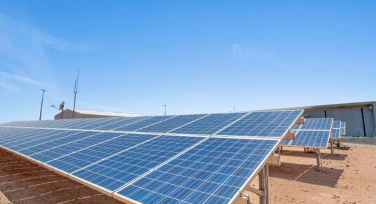 澳大利亚小镇100%由太阳能光伏和电池供电