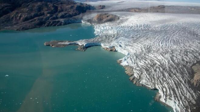 格陵兰结束50年未成功的石油生产竞标