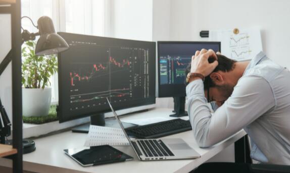 这是期待已久的股市崩盘吗