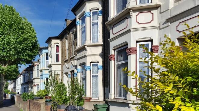 随着减税措施的缩减 英国7月房价下跌