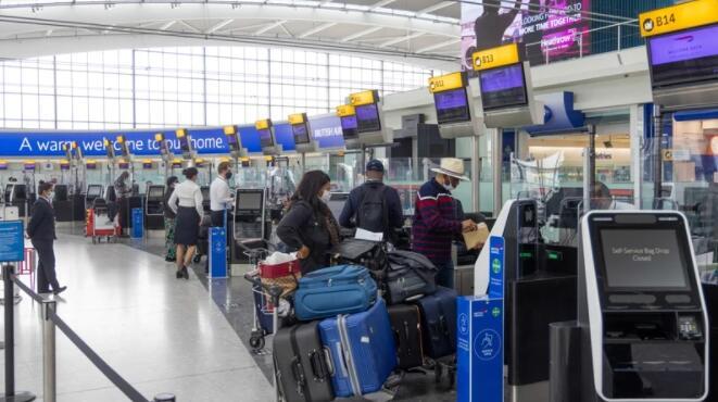 由于乘客数量持续下降 希思罗机场要求英国改变旅行规则