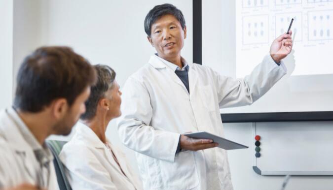 一项试验性肺癌药物的临床试验产生了一些积极的结果