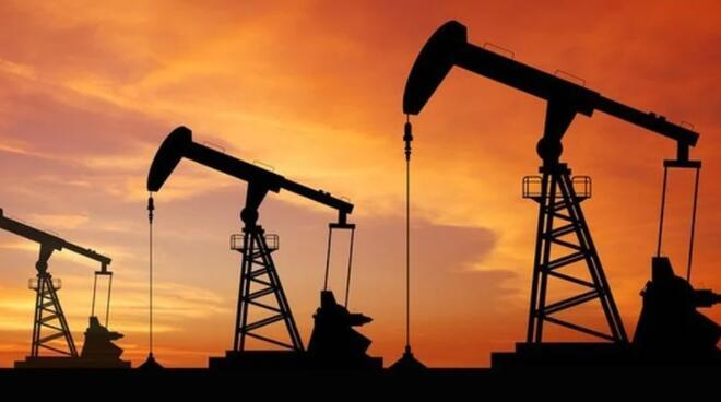 世界石油价格因全球能源紧缩而上涨