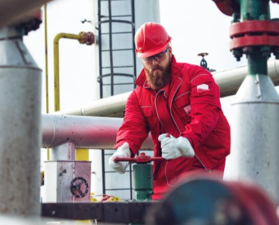 为什么石油股金德摩根今天沉没